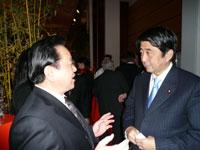 ハノーバーメッセ 安倍元首相と社長